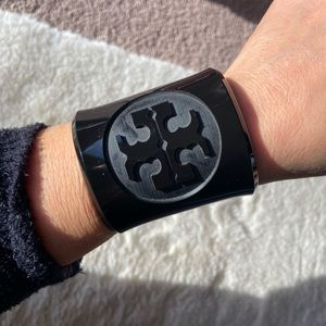Stylish Tory Burch Black Resin Bracelet